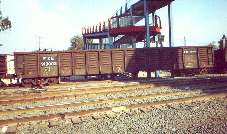 fxe912003.jpg